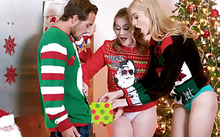 Kinky stepsisters share a wonderful gift (of cock) on Xmas
